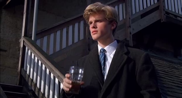 Cary Elwes (and his hair) as Lionel